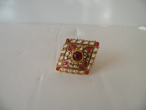 Antique finger ring 06